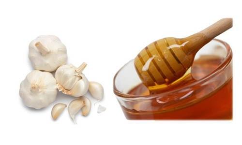 mat ong toi chua viem xoang Chữa viêm xoang hiệu quả chỉ với tỏi và mật ong