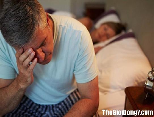 112342 tieu dem543 Tiểu đêm có thể là dấu hiệu của nhiều bệnh đáng lo này