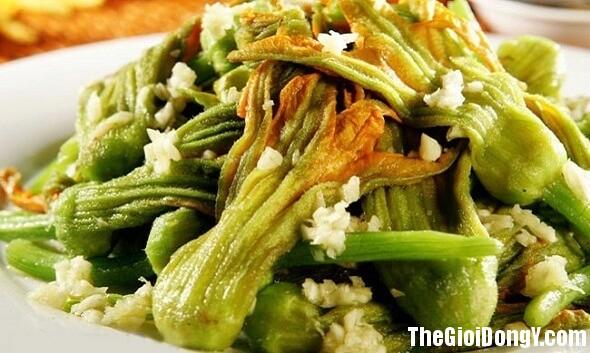 cong dung chua benh khong the bo qua cua rau bi do 2 Những công dụng chữa bệnh không thể bỏ qua của rau bí đỏ