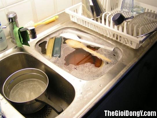 145122 nha bep6 Những thứ bạn nhất định phải làm sạch hàng ngày nếu như không muốn rước bệnh