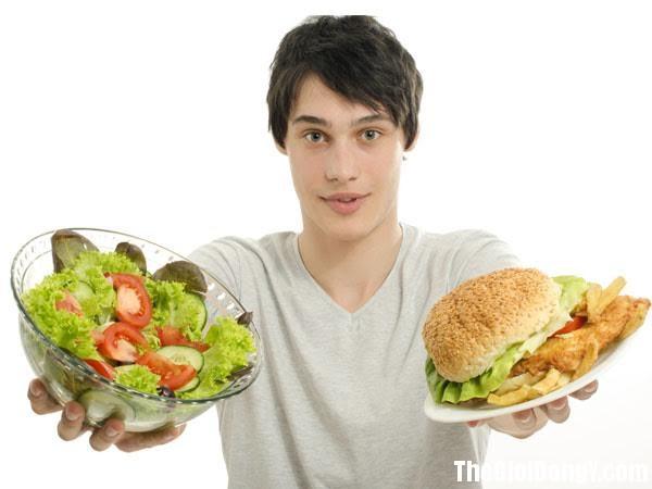 photo 1 1496724033576 Những thực phẩm có thể gây hại cho sức khỏe của bạn