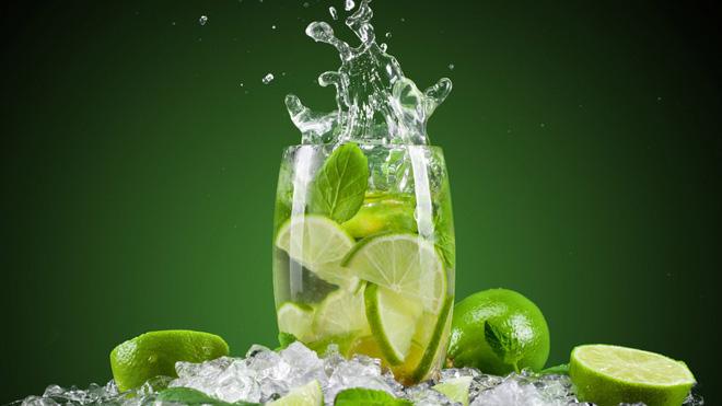 lemon 1476175190939 Công dụng tuyệt vời của việc uống nước chanh ấm mỗi sáng
