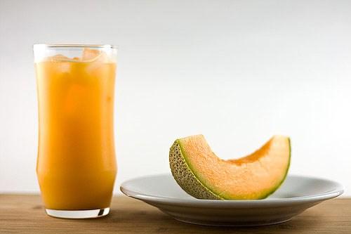 tac dung chua benh khong ngo cua dua le giaoduc.net .vn2  Dưa lê giúp giảm táo bón và mệt mỏi