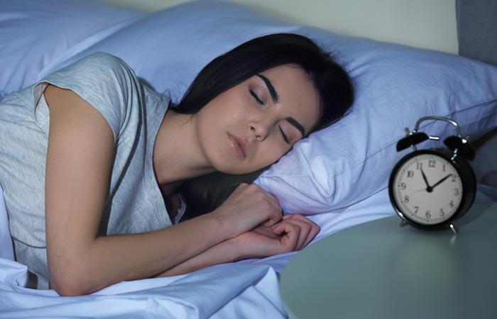2. Go To Bed Early Lời khuyên của thầy thuốc Đông y 112 tuổi cho con cháu