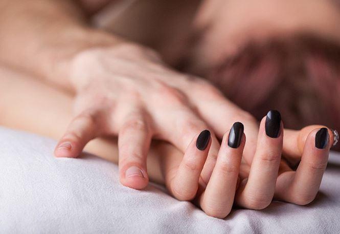 Co the ban se reu ra the nao khi doi yeu 3 1546312694 928 width665height457 Thiếu sex quá lâu có hại cả về tinh thần và thể xác