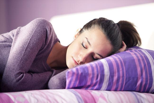 can bang hormone 1 1547611595572146469983 Thay đổi thói quen sống để khôi phục mức độ hormone trong cơ thể