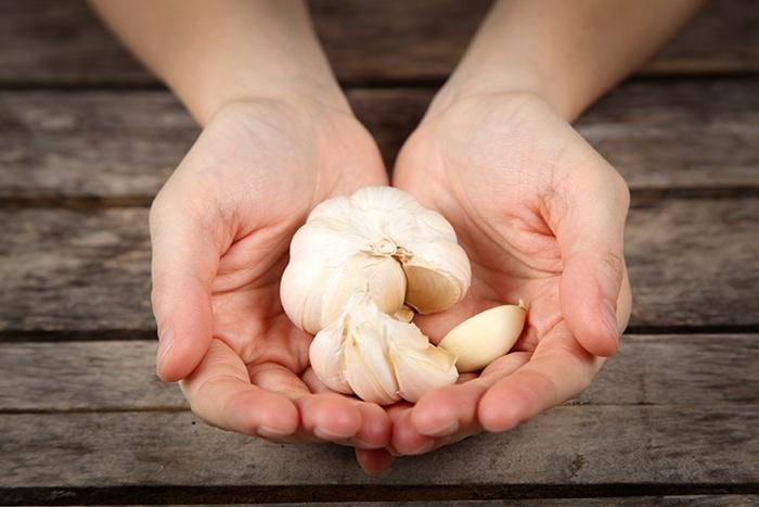 1 benefits of eating raw garlic every day 132235708 Ăn tỏi sống để ngăn ngừa bệnh nguy hiểm và một số lưu ý