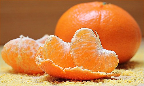 mandarin 1 1541469708 9834 1541469850 Quả quýt cung cấp nhiều vitamin cho cơ thể, vậy vỏ quýt làm được gì?