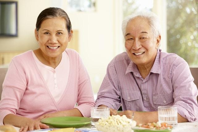 """an cham nhai ky song tho Quy tắc """"3 chậm 3 nhanh"""" của những người sống thọ nhất thế giới"""